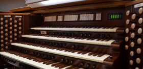 LOG Pipe Organ